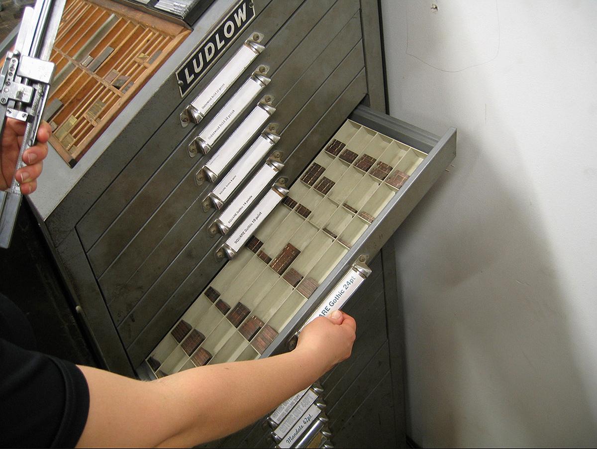 caractères mobiles créés pour la Ludlow Typograph & Co