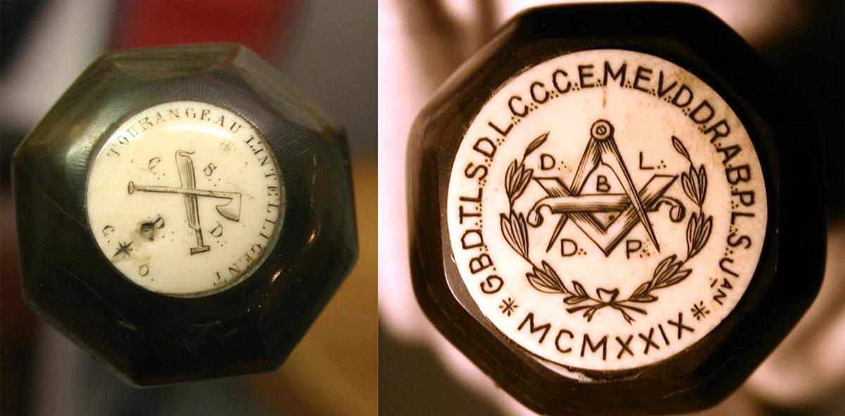Emblème des Compagnons Sabotiers du devoir (CSDD) et Pastille de canne d'un compagnon charron du Devoir.
