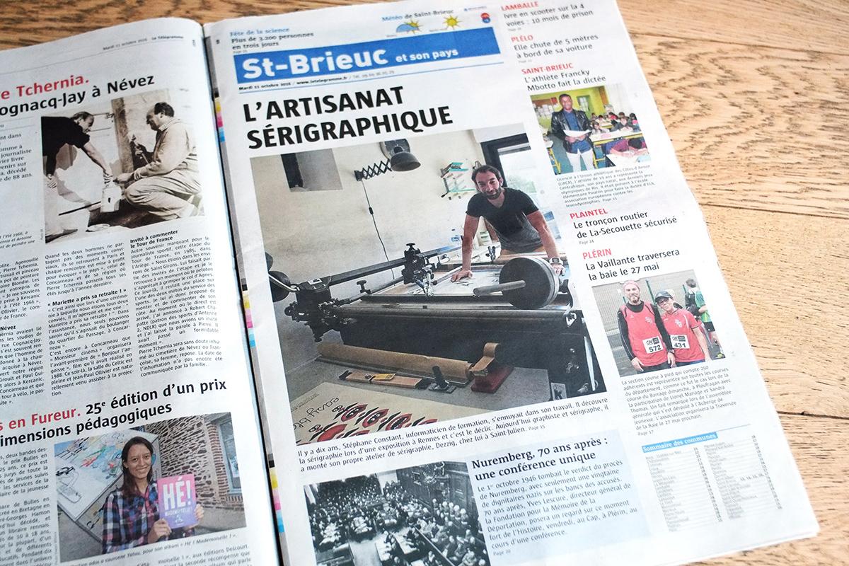 reportage Telegramme Stéphane Constant dans l'atelier de sérigraphie Dezzig